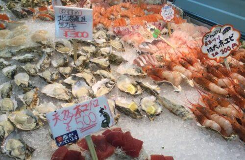道の駅いとまん牡蠣・マグロなど新鮮な魚介を食べ歩き!