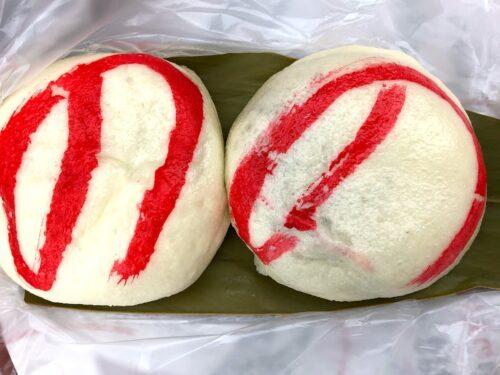 沖縄の名物三大まんじゅうは100年以上の老舗!ほっかほかを食べてみた!