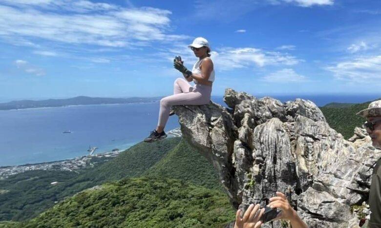 勝山シークヮーサーから登る嘉宇津岳